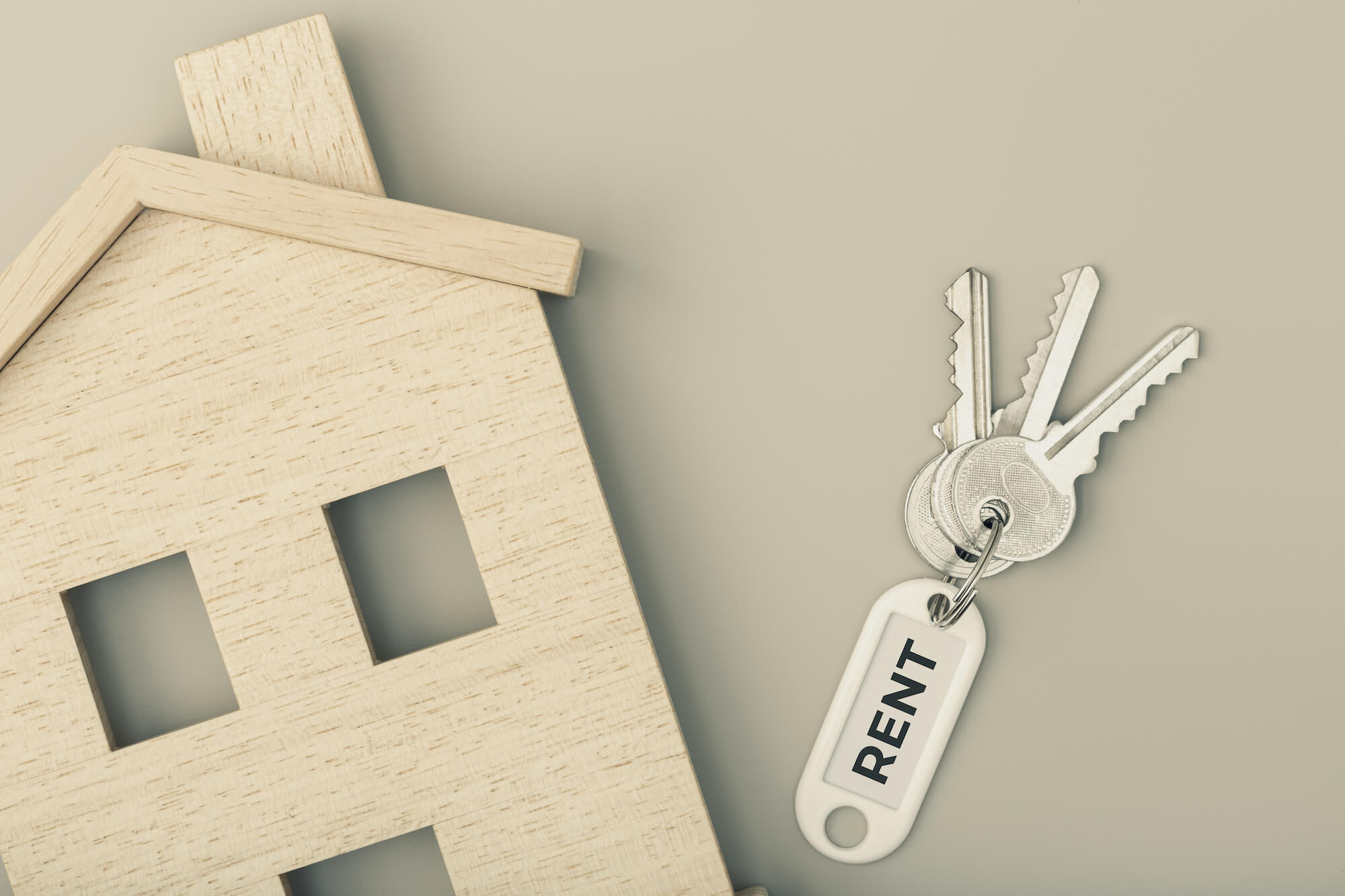 Model house and set of keys for tenants rights in Victoria